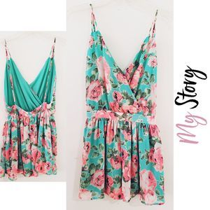 MY STORY Floral Open Back Short Romper
